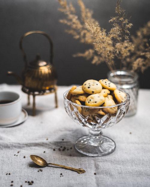 Sausainiai su kanapėmis