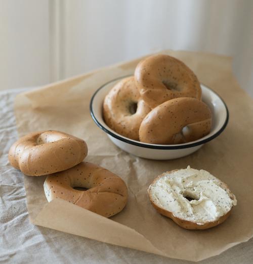 Riestainiai su aguonomis Biržų duona